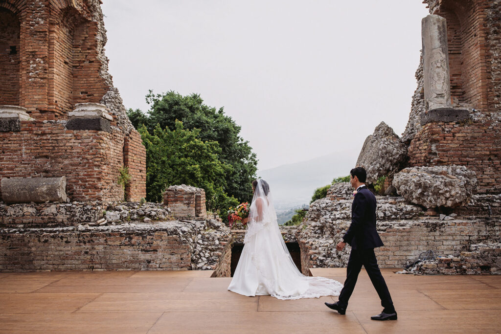 couple getting married at the greek theater in Taormina
