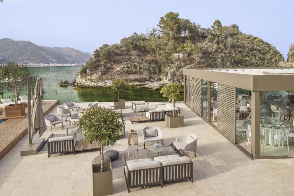Outdoor area Atlantis bay hotel